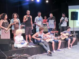 Um dos grupos que deram um show.