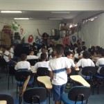 Contação de história na escola municipal professora Maria de Cerqueira